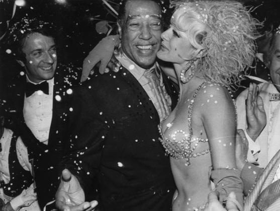 Duke Ellington with an Alcazar Showgirl, Paris 1969