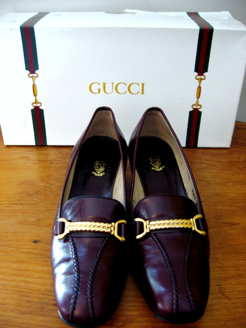 Vintage 80's Gucci Burgundy Leather Loafers