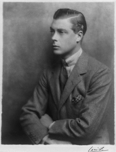 Edward VIII, as Prince of Wales,  casually wearing a necktie tied in a four-in-hand