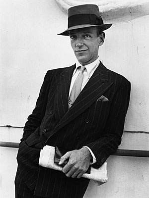 Fred Astaire uses his pocket square to look jaunty