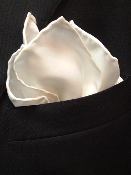The Pocket Square - A Gentleman's Essential