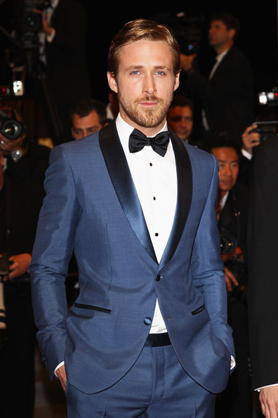 Ryan Gosling Dressing Like a Grownup and Rocking the Classic 'Rat Pack' Italian Tuxedo (Salvatore Ferragamo) in Slate Blue